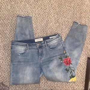 super cute & embroidered jeans